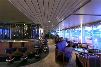 The Floybaren Bar is located on deck 4