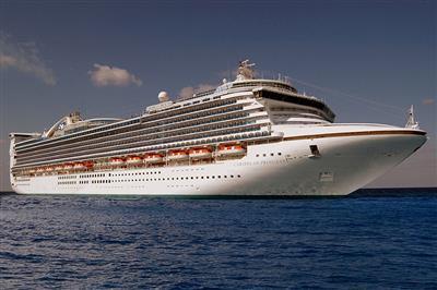 A great picture of Caribbean Princess.