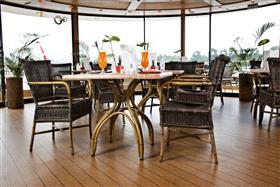 Swiss Corona cafe
