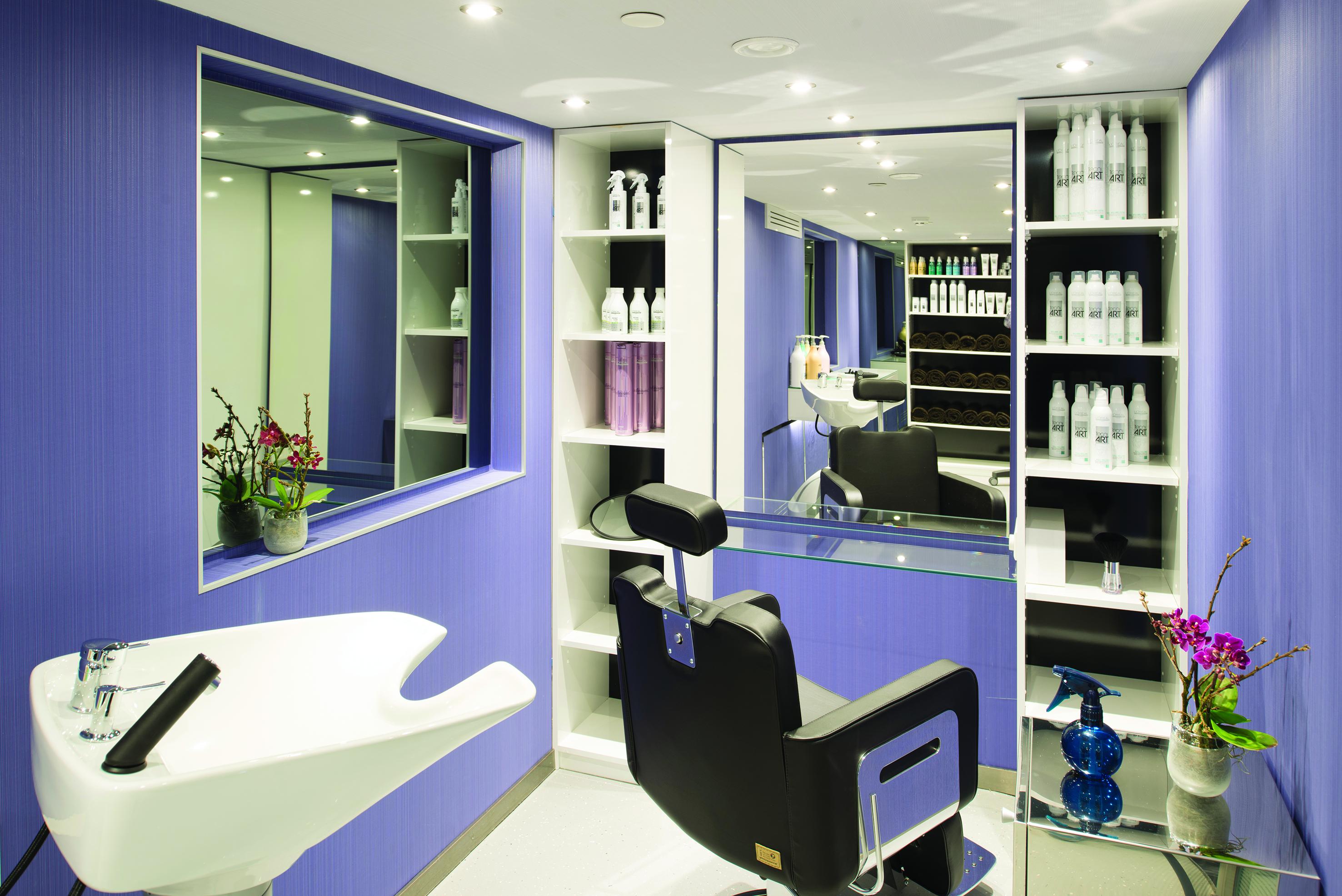 Emerald hairdresser