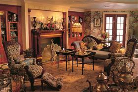American Queen parlor