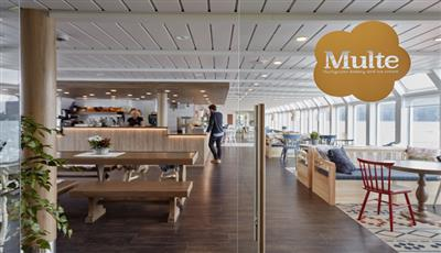 The Utrost Café, for drinks and nibbles on the MS Nordkapp