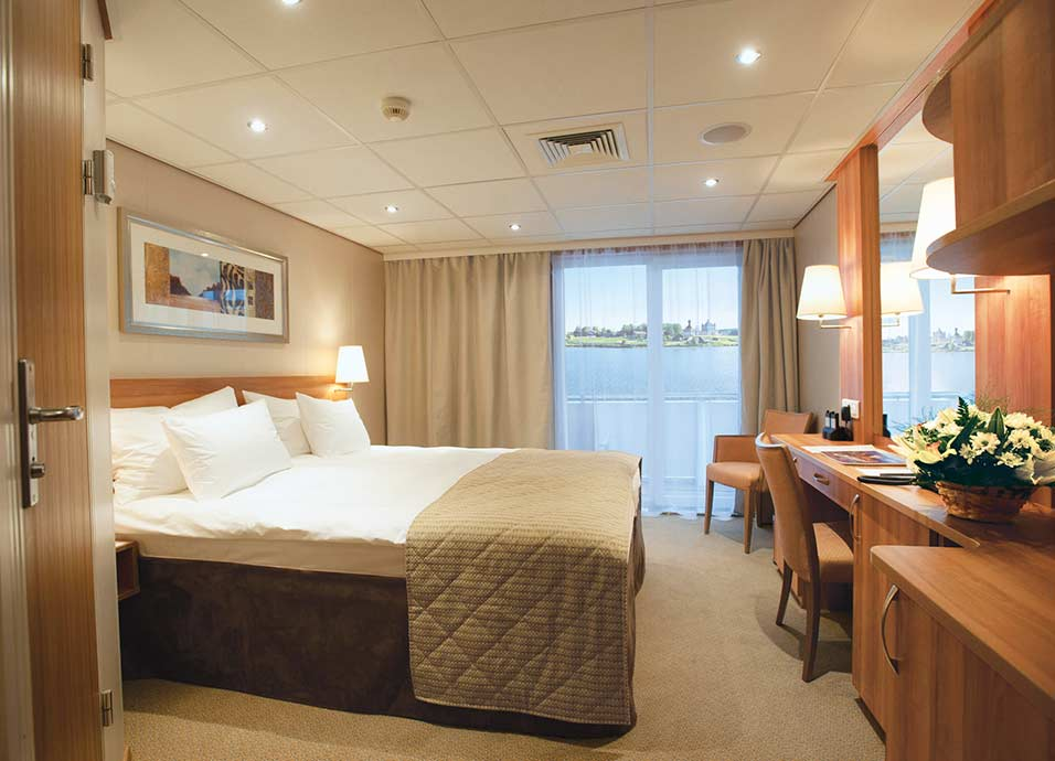 Celebrity cruise line royal suite
