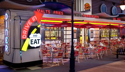Johnny Rockets, the burger and diner on the Oasis of the Seas