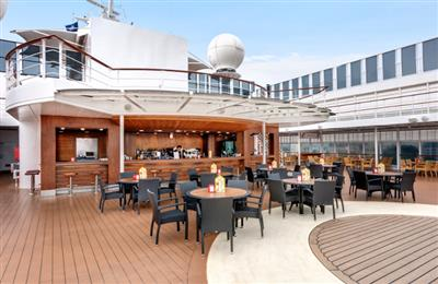 MSC Armonia Deck Bar