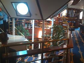 Another croner of the Piano Bar on the Star Clipper