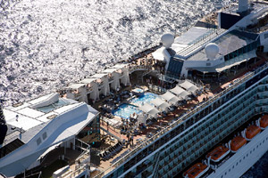 Iglu Cruise Customer Wins Celebrity Cruise