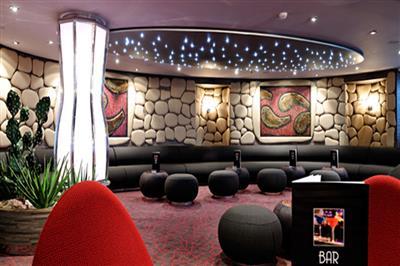 The glittery Golden Jazz Bar on MSC Divina