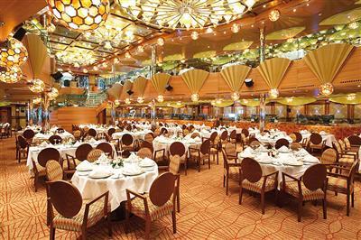 The main dining room on Costa Luminosa, Ristorante Taurus
