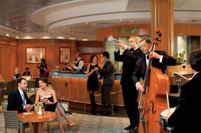 The Midship Bar  on Queen Elizabeth's deck 9