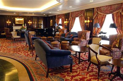Lounge on Pacific Princess