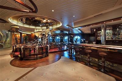 Schooner Bar, Royal Caribbean's piano bar which can seat 130 guests