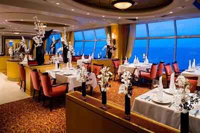 The Romeo and Juliet dining room on the Independence of the Seas