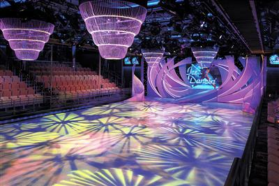 Studio B, an entertainment and show lounge  which can accommodate 900 guests