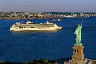 The Serenade of the Seas sailing close to the Liberty Statue in New York