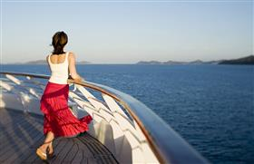 Seabourn Odyssey, passenger watching at the horizon