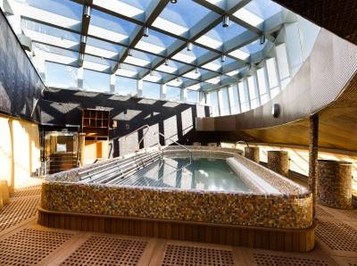 The Thalassotherapy pool on Costa Diadema