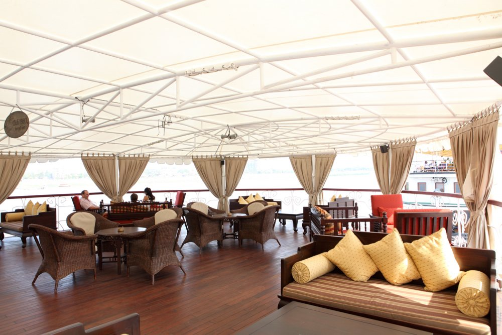 Jayavarman lounge