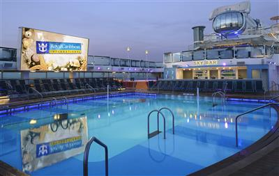 The outdoor pool on Quantum of the Seas  by RCL