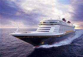 Disney Dream, bow view