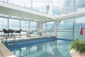 Emerald Sky pool