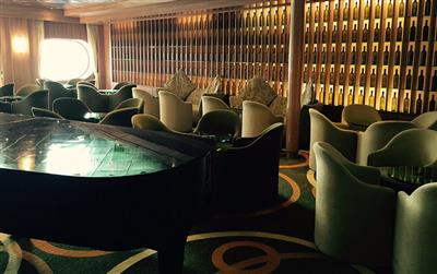 The Hampton's Lounge on the Magellan