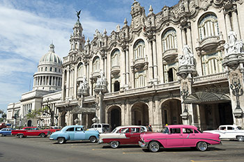 Carnival Corp will be first to visit Cuba from USA