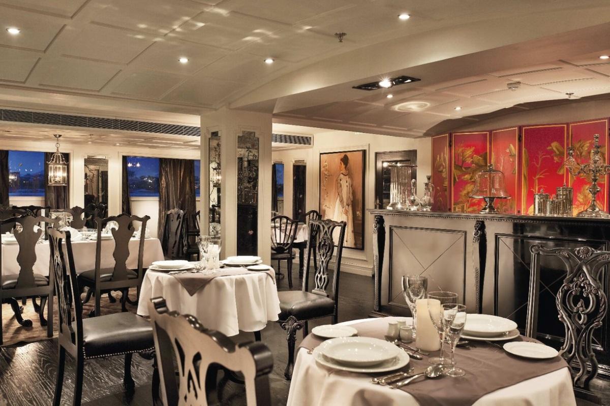 MS Mayfair Nile Avenue restaurant