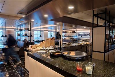 The Roald Amundsen Cafe'