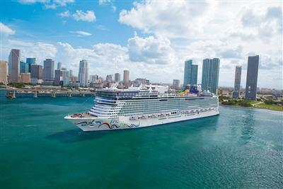Norwegian Epic sailing from Miami