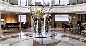 Sonesta Star Goddess lobby