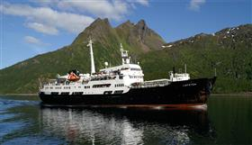 The MS Lofoten by Hurtigruten, exterior
