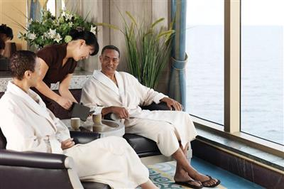 Guests relaxing in the Royal Spa onboard the Queen Elizabeth