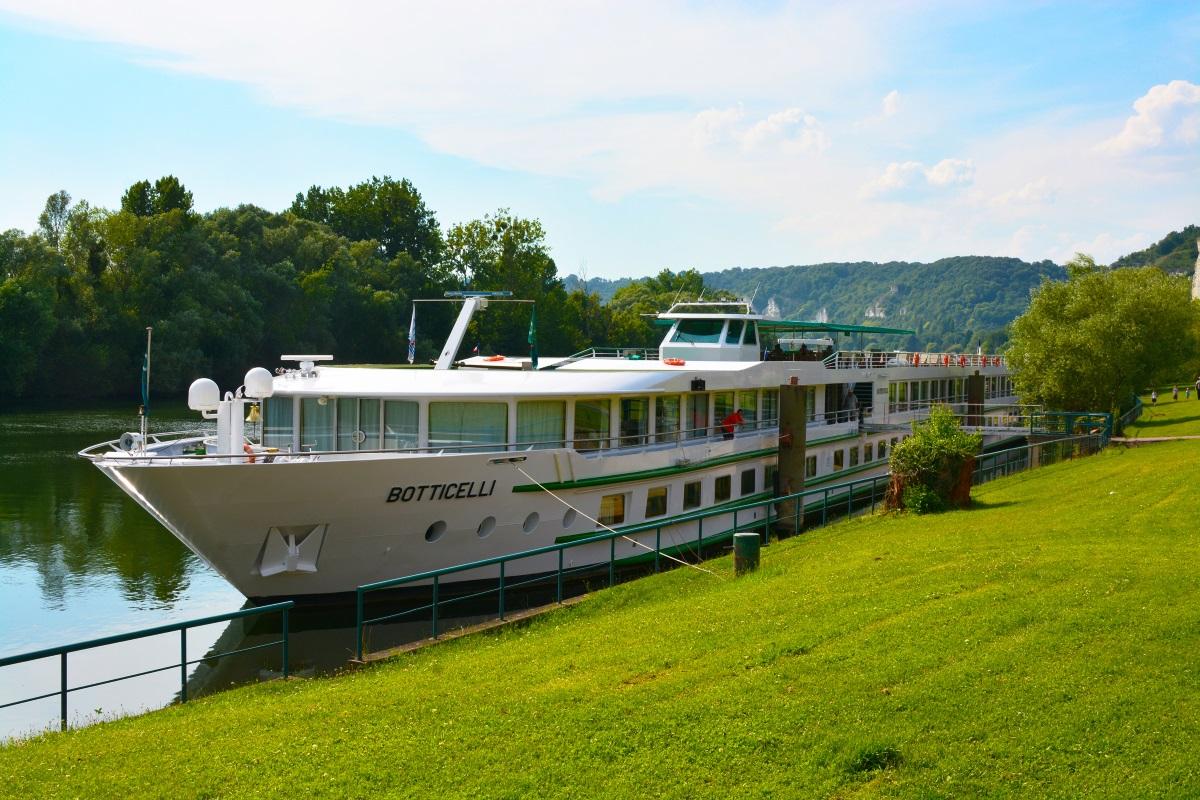 Short Break In Paris Nt MS Botticelli Th December - Ms michelangelo cruise ship