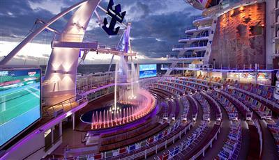 The sensational AquaTheatre that hosts acrobatic performances on the Allure of the Seas.