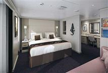 Signature Verandah suite