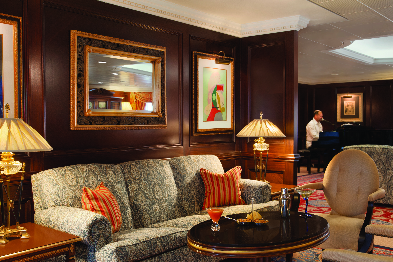Martini lounge - Sirena by Oceania Cruises