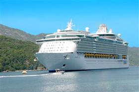 Freedom of the Seas,  bow view